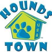 Hounds Town USA, Ronkonkoma NY