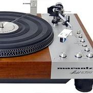 Vintage Turntable & Stereo, Blue Springs MO