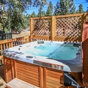 1 Adorable Hideaway - Big Bear Vacation Rental, Big Bear Lake CA