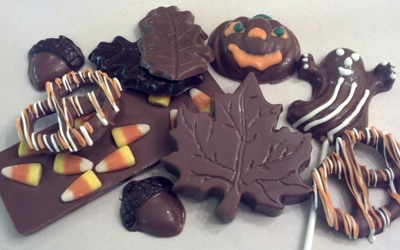 1412626035 milk and dark chocolate assorted fall halloween treats
