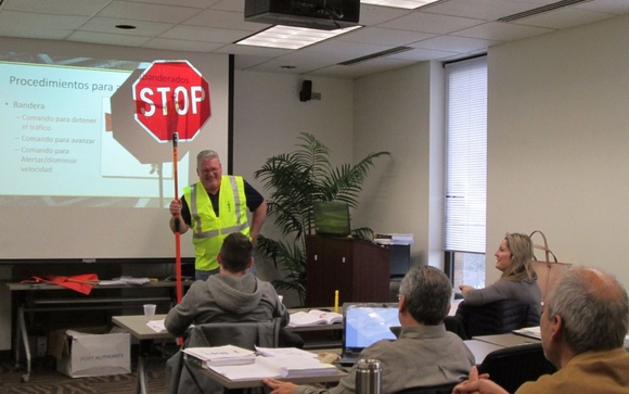 Flagger ATSSA by Latino Worker Safety Center - Obrero Latino in ...