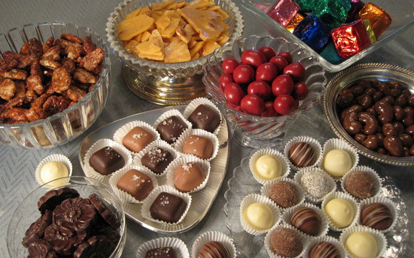 1415664989 chocolate sampler buffet staples 2