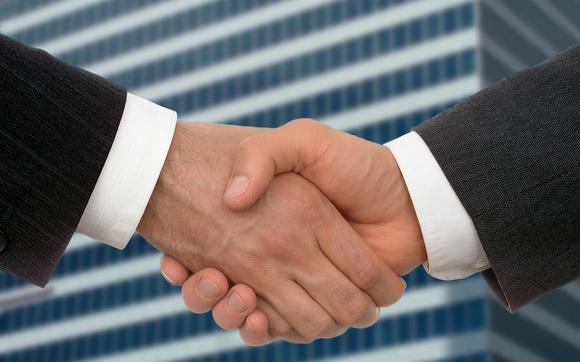 1459793418 business handshake