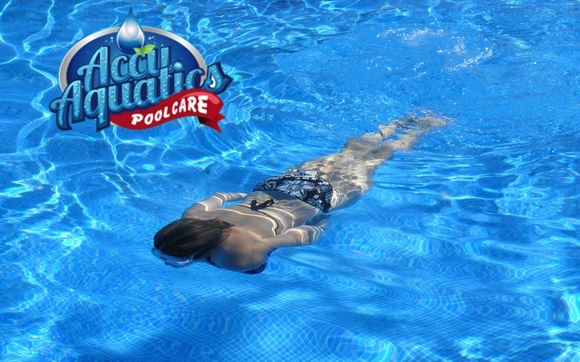 1493859802 gir swimming under water