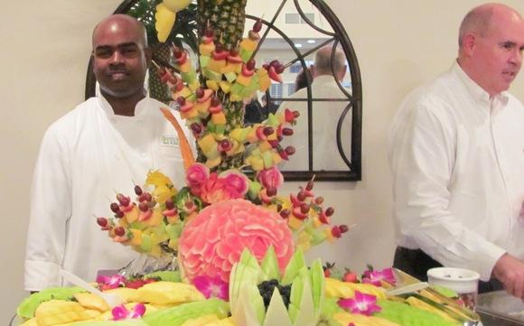 1402508696 img 7751 fruit sculpture