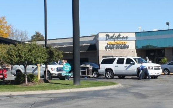 Car washing and detailing by dolphins car wash in omaha ne alignable we are a full service car wash we sell gasoline as a convenience to our customers and also offer a complete detail service center solutioingenieria Image collections