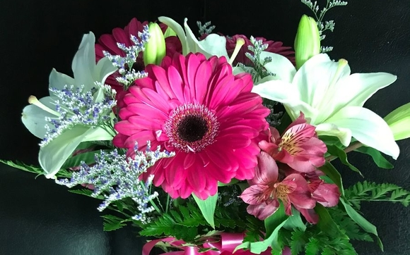 Floral Arrangements By Petals And Scents Flower And Gift Shop In