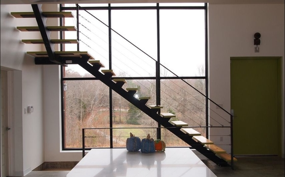 We Make Single Stringer Stairs, Also Called Mono Stringer Or Center Stringer  Stairs. These Feature A Steel Spine Under The Treads.