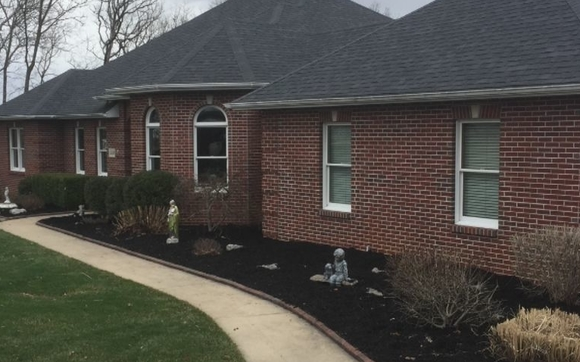 Mulching And Spring Clean Up By Central MO Turf Management Inc In