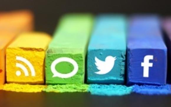 1471903969 social media