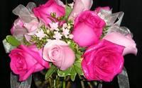 1445656459 rose bouquet