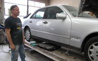 1445631655 2014 05 13 11.26.42 hansen silver car mercedes