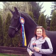 Cari Schwartz from Schwartz Dressage and Working Equitation