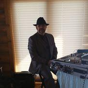 Kyle Hopkins from Star Struck Entertainment