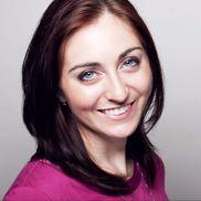 Andi Hendrickson from Creative Branding, Copywriting & E-Commerce