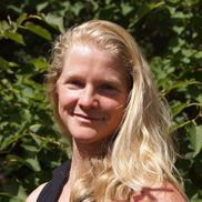 Jessica Luehrs from Aptos Acupuncture