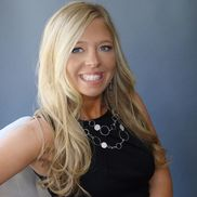 April Peters from The Preimer Platinum Group of RE/MAX Components