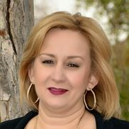 Dina Schlosser from West Valley Mobile Notary LLC