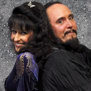 Markus & Angelique Steelgrave from Oceanside Magic International